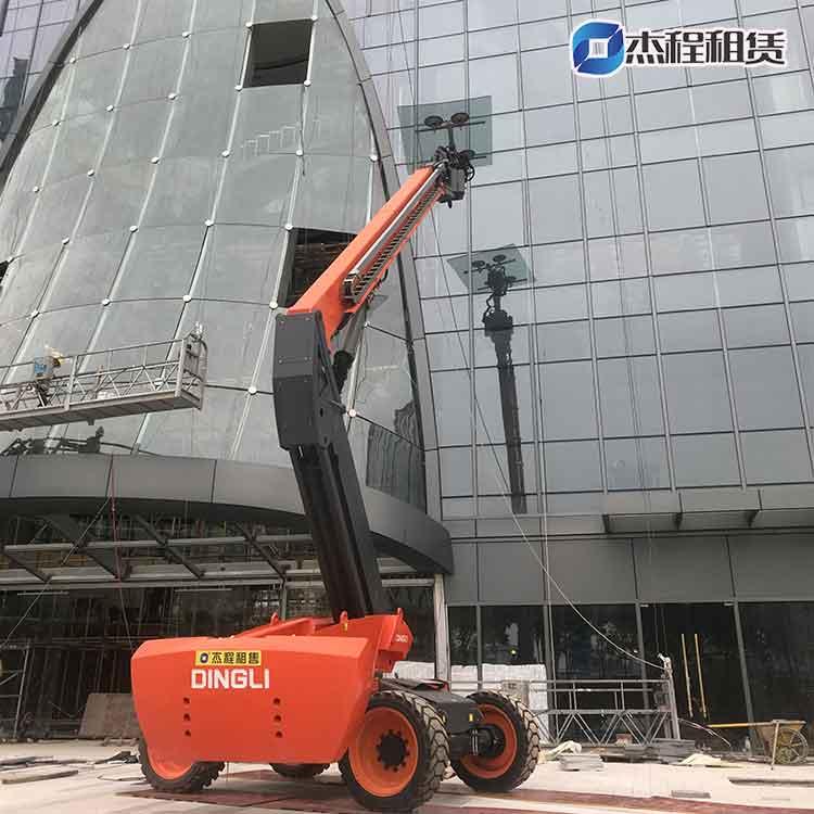 大型玻璃吸盤車出租應用于高層玻璃安裝
